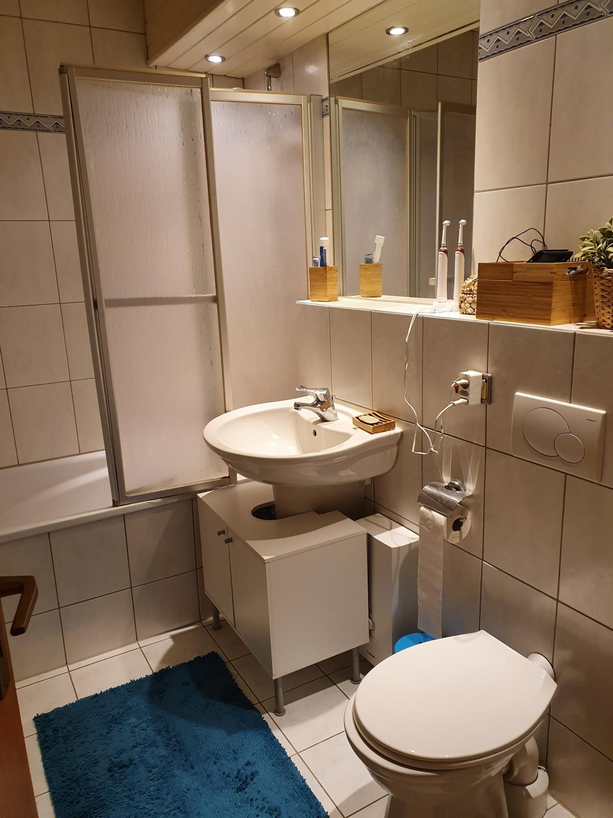 Immobilienmakler Viersen Wohnung Beberich Badezimmer